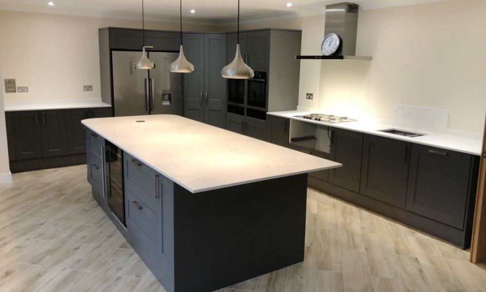 Felix's Kitchen Fitting - quartz and granite worktops